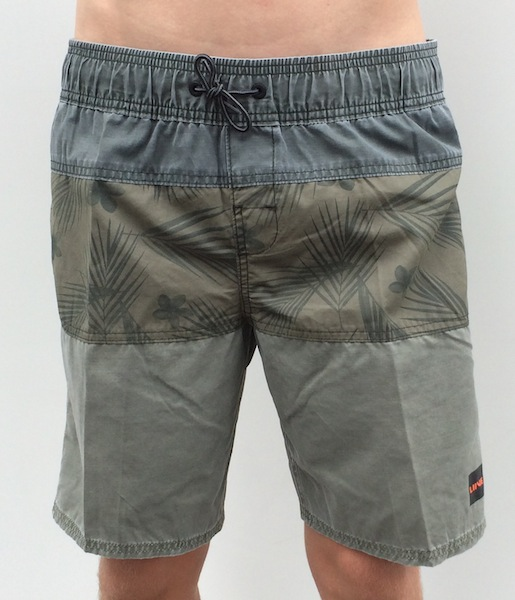 LIIVE SHAKA WALK SHORTS